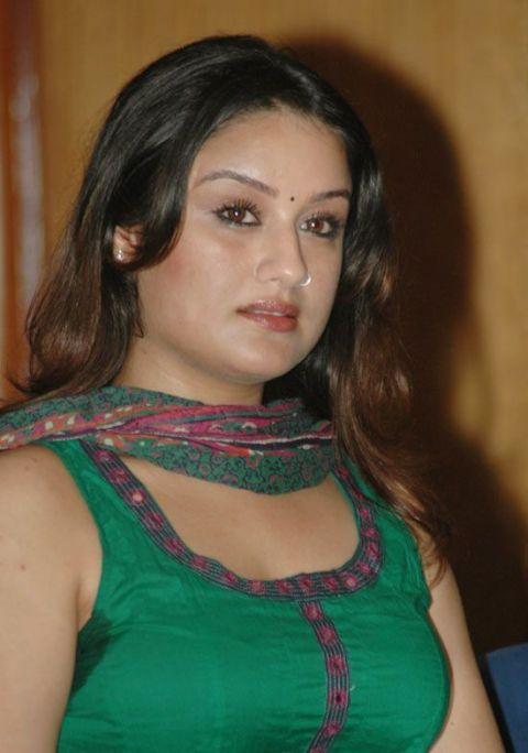 Sweaty Armpits Of Indian Aunty Sonia Agarwal  Hairy -9821