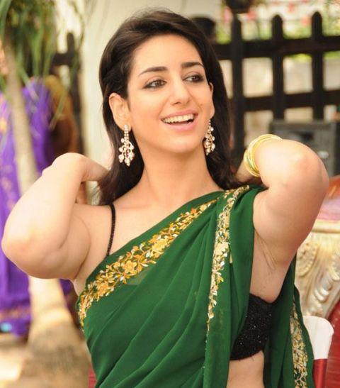 Telugu Actress Kriya Looking Hot In Green Saree